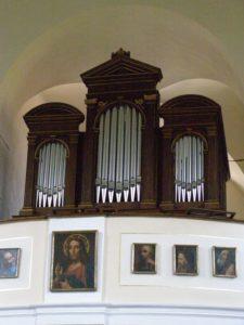 Zrestaurované varhany posvětí biskup Baxant